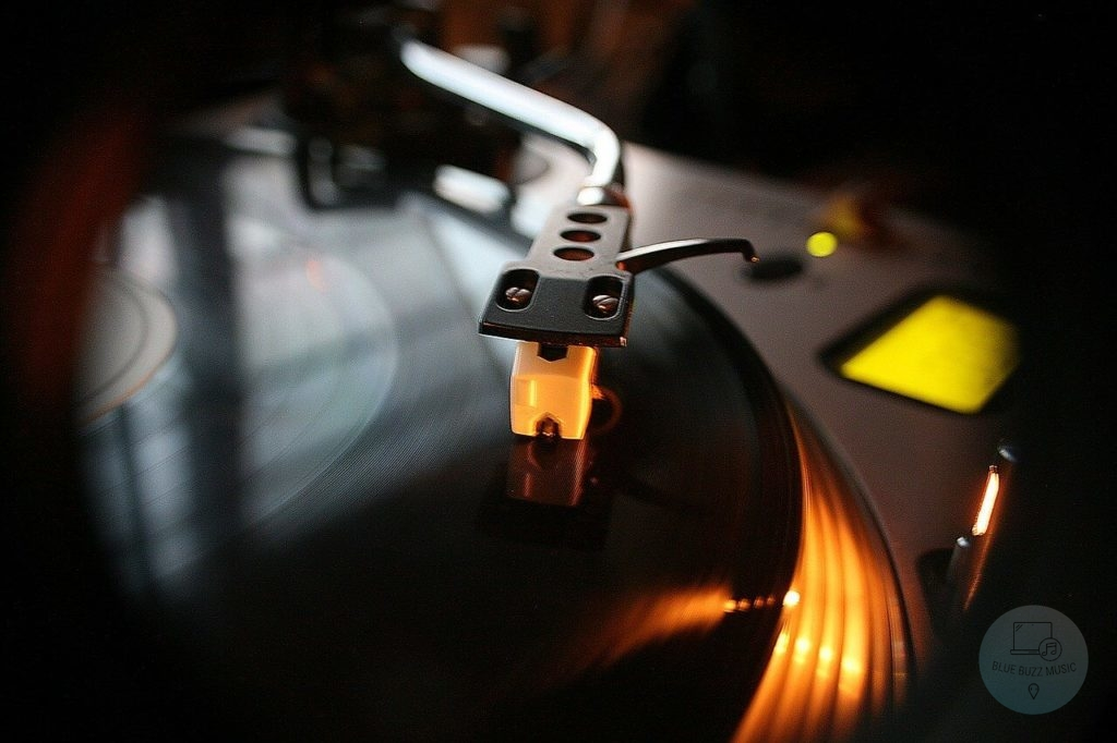 best turntable for scratching and sampling
