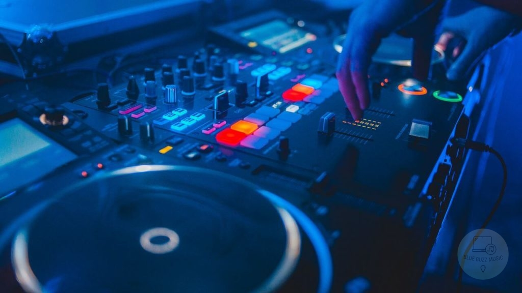 how to mix tracks from soundcloud dj mixes