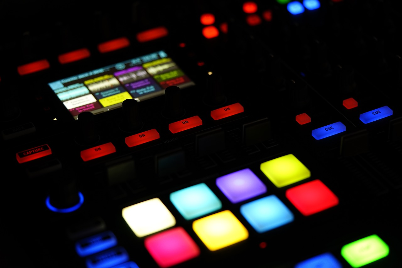 The Best DAW Software For The Beginners