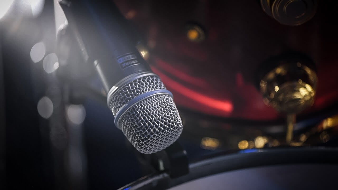 debating whether you'll need a dynamic microphone when building music studio at home