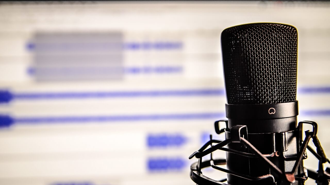 studio microphones are most popular among producers building their music studios, find out why.