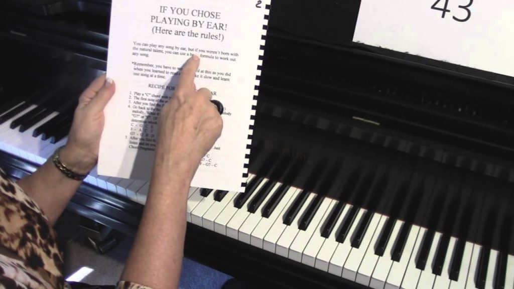 learn piano by watching tutorials on YouTube