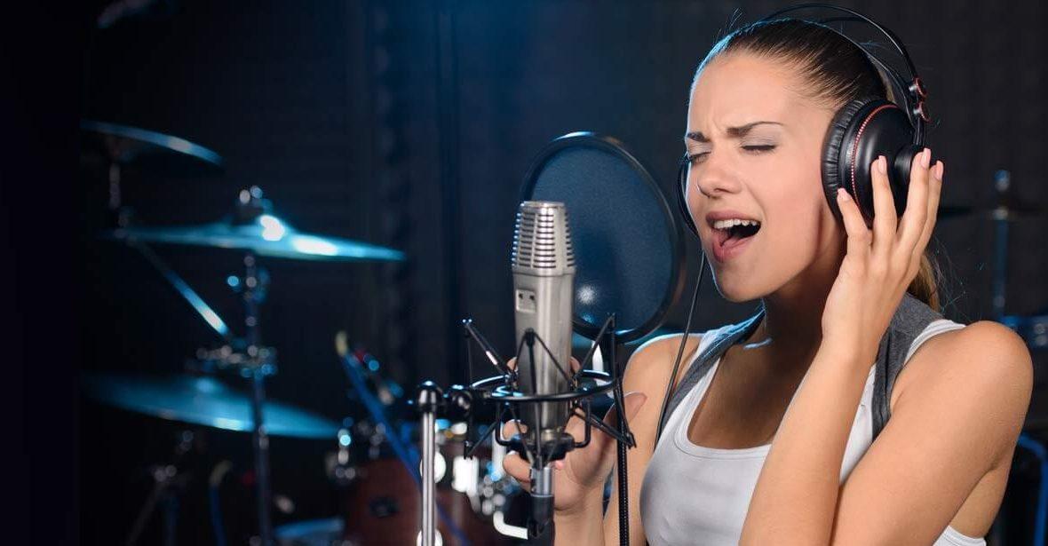 10 Easy Singing Tips For Beginners