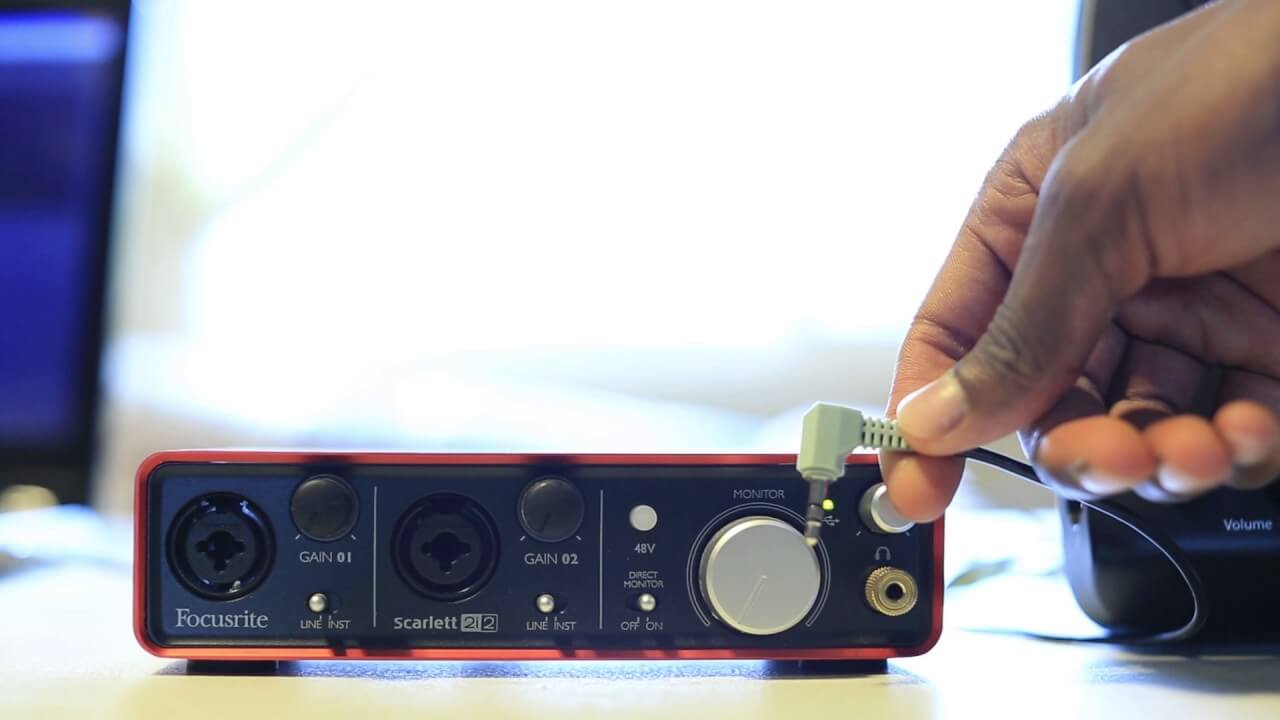 Is Scarlett 2i2 best portable audio interface