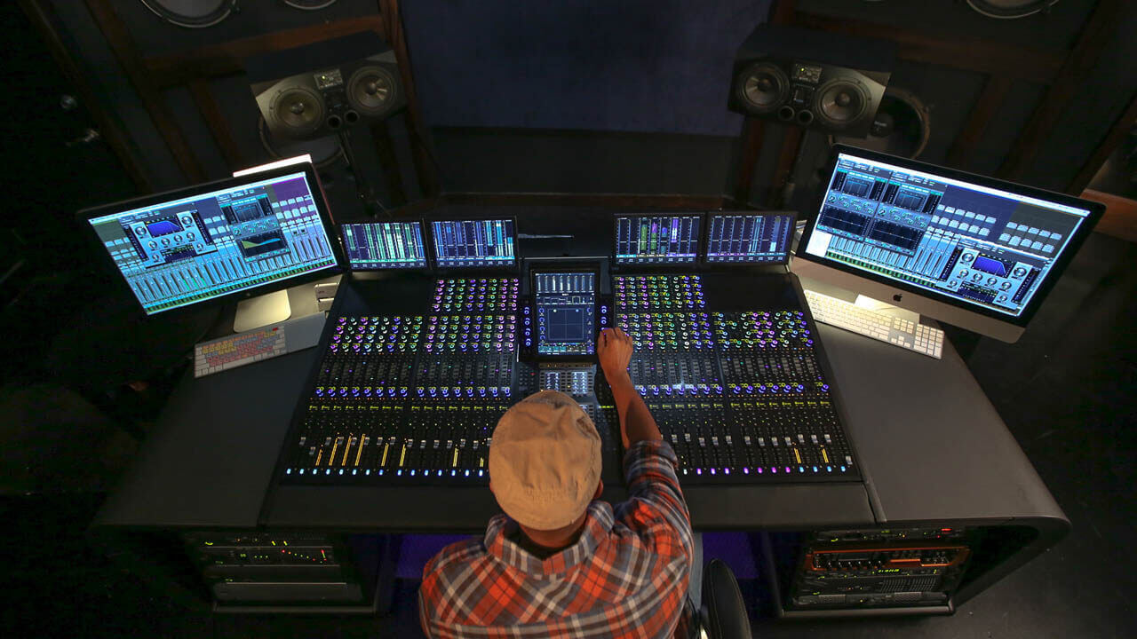 If you are looking for a computer for music production or you are a singer looking for a pc for recording studio, then this post will be useful
