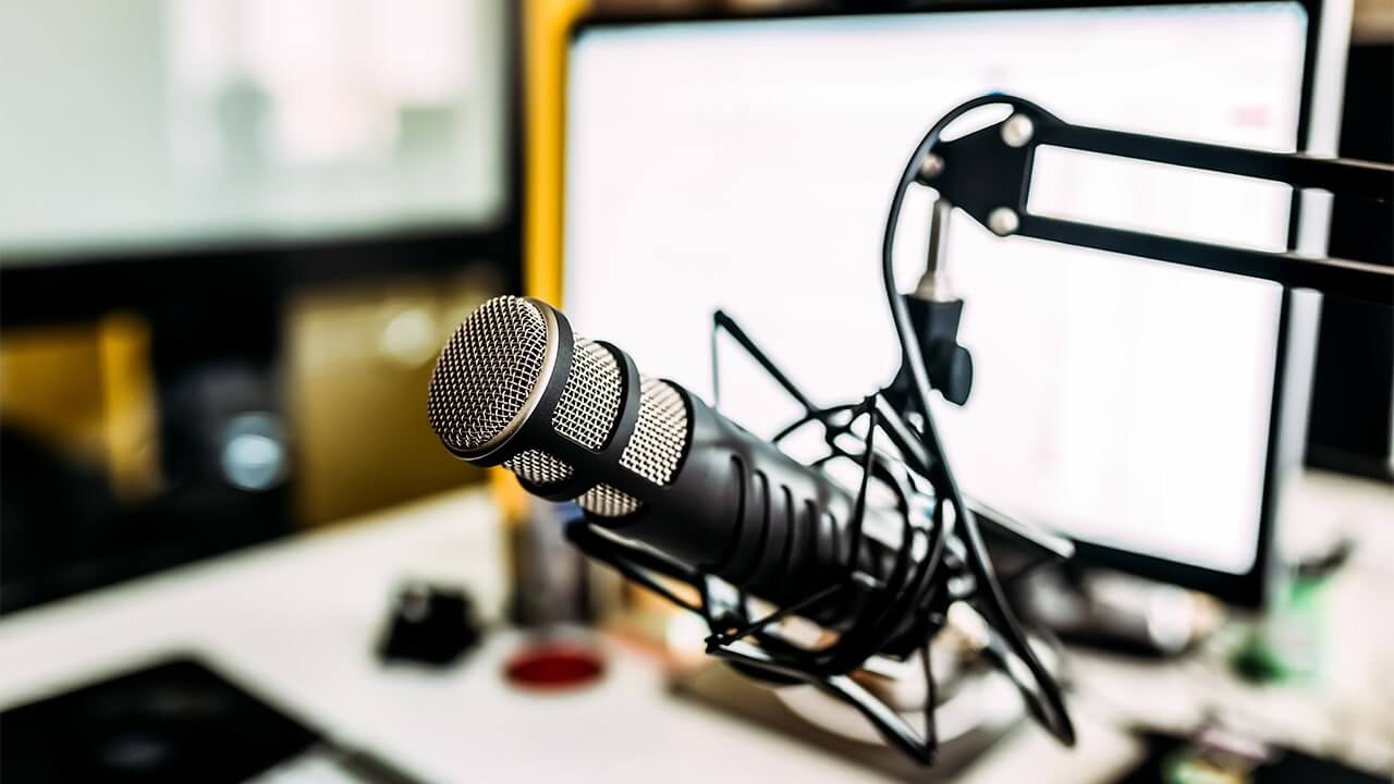 top 10 best dynamic microphones for vocals of 2019 blue buzz music. Black Bedroom Furniture Sets. Home Design Ideas